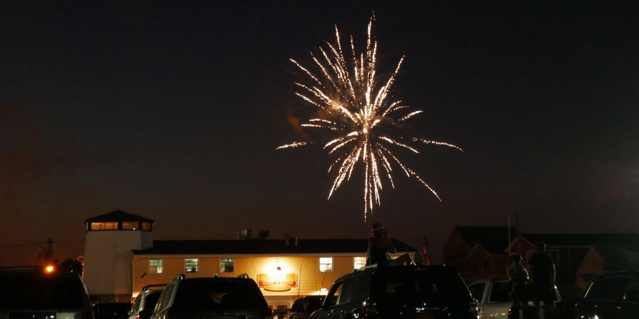 Babylonians Enjoy Fireworks At The Babylon Village Pool